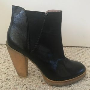 Belle by Sigerson Morrison Leather Ankle Booties